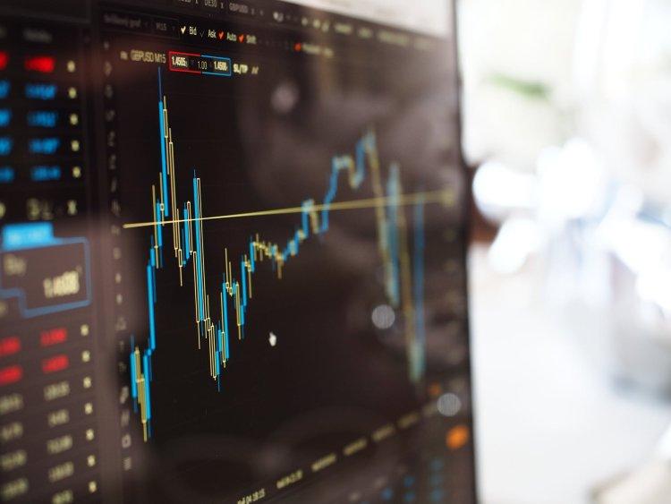 Financiële influencers leren jongeren beleggen