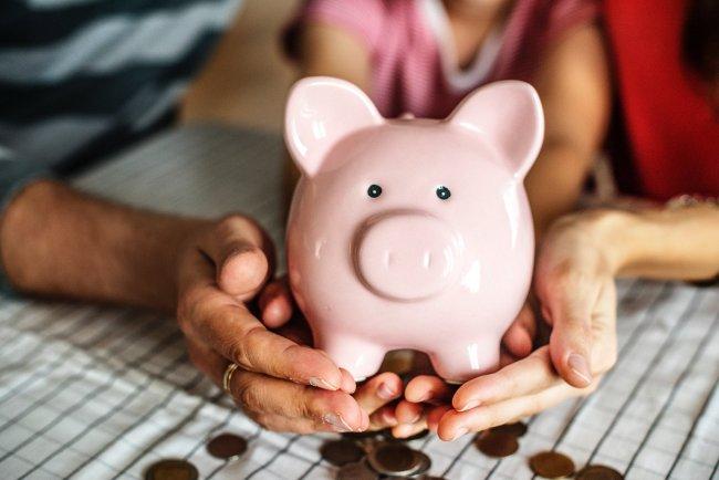 Wat is beter: Sparen of lenen?